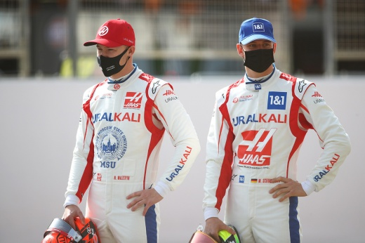 Оценки за Гран-при Бахрейна: вылет Мазепина, победа Хэмилтона над Ферстаппеном, «Феррари»