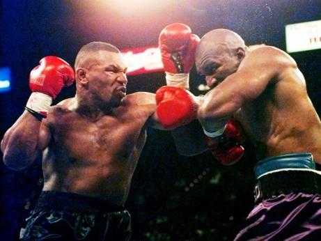 Тайсон – Холифилд и ещё 10 лучших боёв тяжеловесов в истории