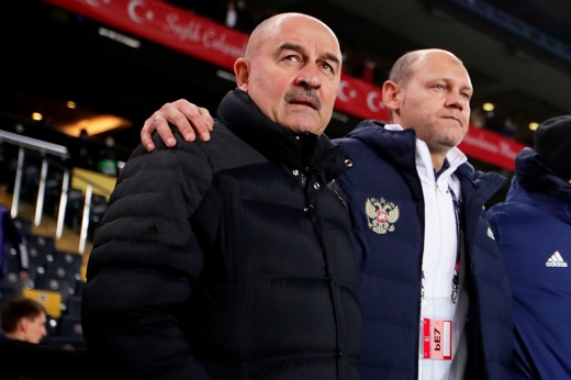 Провал сборной России в Лиге наций, мнения болельщиков о работе Станислава Черчесова