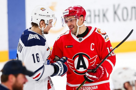 Дацюк — главная звезда КХЛ прямо сейчас. В 42 года он продолжает творить на льду