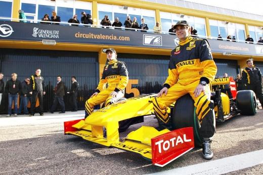 Петров в Формуле-1: борьба только начинается