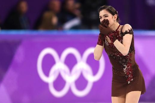 Ни шага вперёд. Почему Медведева не должна была выигрывать Олимпиаду
