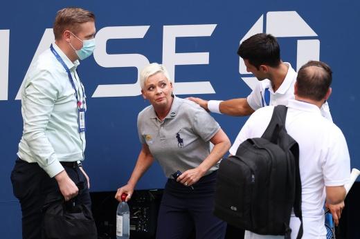 Сенсация: Даниил Медведев в финале обыграл Новака Джоковича, лишил его «Большого шлема» и выиграл US Open — 2021