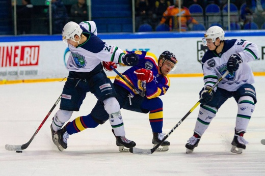 «Югра» — «Рубин». Прогноз: Епанчинцев вернёт интригу в серию ВХЛ в Ханты-Мансийске