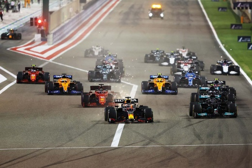 Реклама с перерывами на гонку. Почему болельщики Ф-1 зря ругаются на «Матч» и Попова