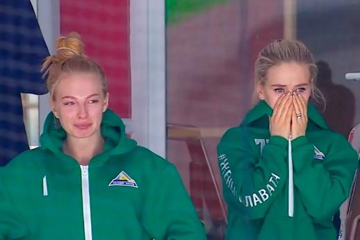 Боль дня. Слёзы жён игроков «Салавата» после гола «Авангарда»