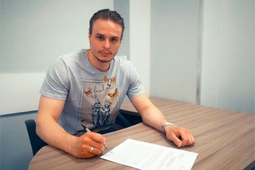 Засыпали миллионами. 10 лучших сделок после открытия трансферного окна в КХЛ