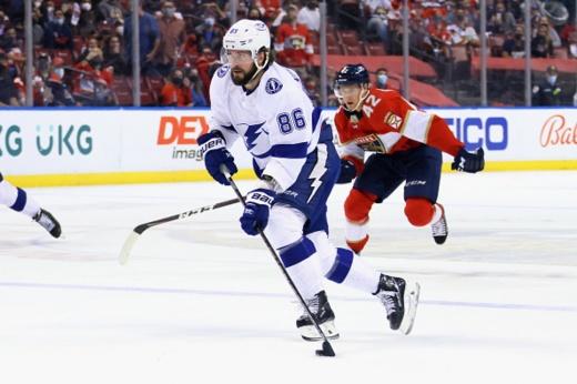 «Тампа» — «Флорида» — 5:6 ОТ, видео, голы, обзор матча плей-офф НХЛ, Кучеров набрал 100 очков в плей-офф НХЛ