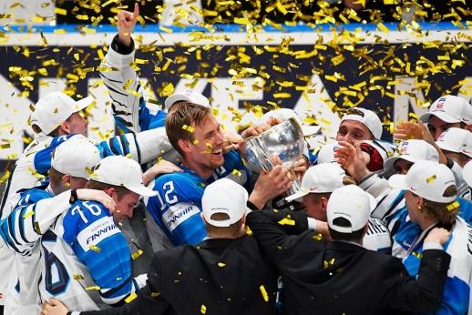 «Мы уже национальные герои!». Что творилось после победы Финляндии на ЧМ
