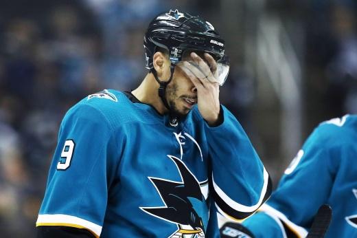 Эвандер Кейн угодил в очередной скандал. Жена обвиняет его в сливе матчей НХЛ