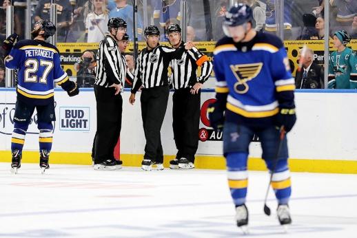 НХЛ и КХЛ меняют правила. Что об этом нужно знать