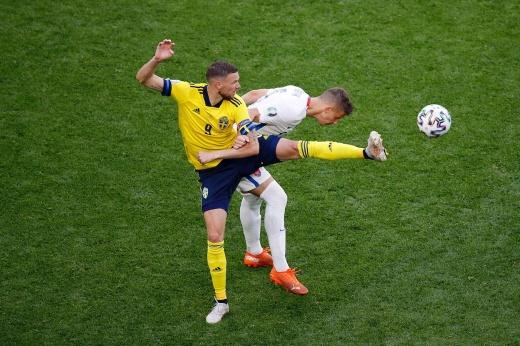 Швеция — Польша. Прогноз: над Маркусом Бергом смеялись, а он выйдет в плей-офф Евро