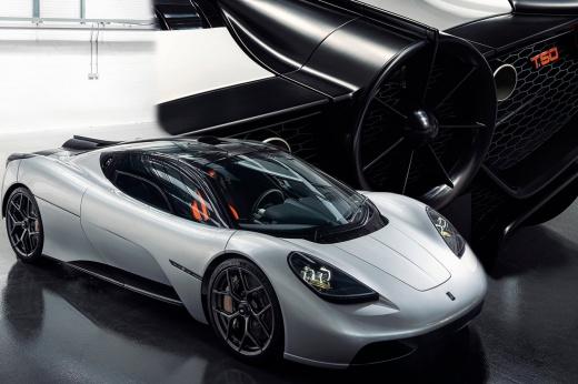 Легендарный конструктор Формулы-1 снова создал машину-«пылесос»! Теперь — крутой суперкар