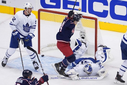 «Торонто» взял пример с «Питтсбурга»? Отдали матч с 3:0 и теперь в шаге вылета