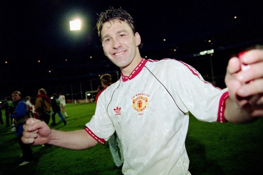 Лучший капитан в истории «МЮ». Брайан Робсон любил выпить, но ещё больше любил футбол