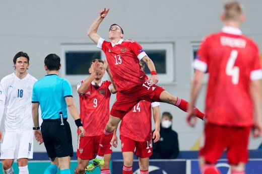 Молодёжная сборная России выиграла у Исландии на Евро-2021: почему её не нужно сравнивать с командой Черчесова