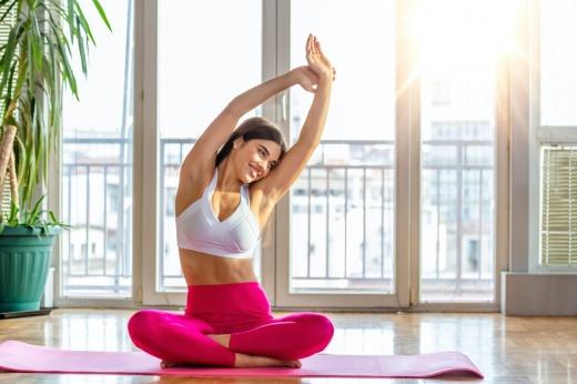Больше ничего не болит: 5 упражнений для тех, кто ведёт сидячий образ жизни