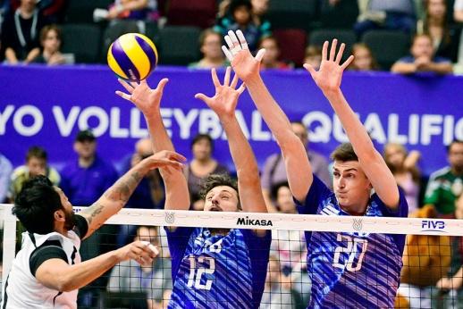 Играют все! Российские волейболисты разгромили мексиканцев