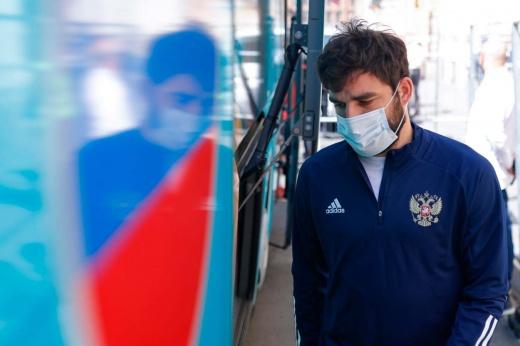 Что будет, если в сборной России на Евро останутся 12 здоровых футболистов? Поясняем