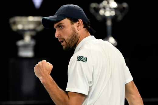 Аслан Карацев выиграл матч на дебютном «Мастерсе» в Майами: его серия побед – уже 7 матчей, больше только у Джоковича