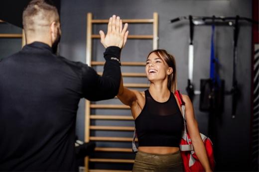 Как тренировать мышцы кора дома и в зале: упражнения для мышц кора, комплекс тренировок для женщин и мужчин