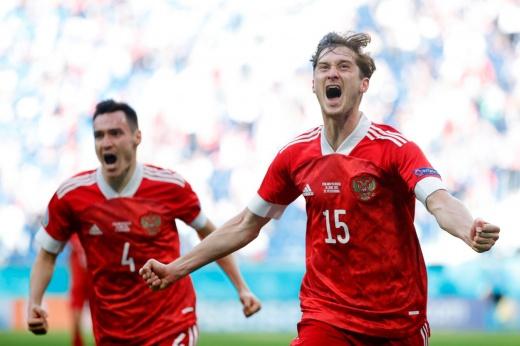 Сегодня всё решится в Дании! Что нужно сборной России для выхода из группы