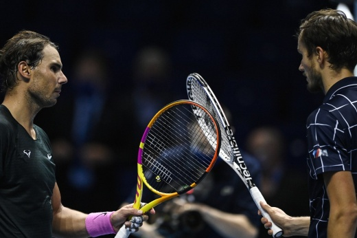 Провал Надаля в 1/4 финала Мадрида! Медведев снова станет 2-й ракеткой мира. Надолго ли?