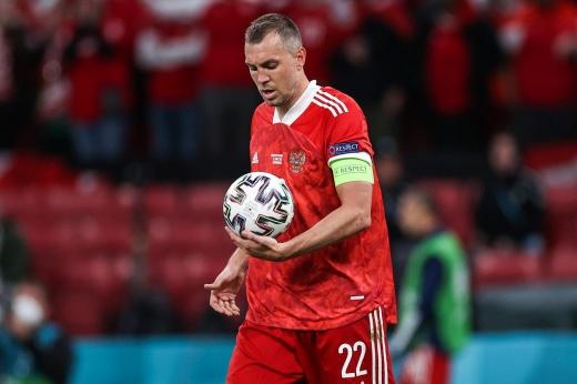 Русские игроки получают место на поле просто так. Хватит смешить Европу!