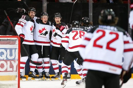 «Ощущения невероятные!» Что творилось после победы Канады над Россией в 1/4 финала ЧМ