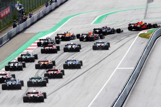 В Формуле-1 появляется новый топ-пилот, способный бороться с Хэмилтоном и Ферстаппеном – Норрис