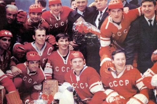 «Русские — домой!» Такое не повторил никто — СССР 9 раз подряд становился чемпионом мира
