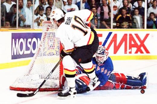 Русский снайперский рекорд в плей-офф НХЛ: Павел Буре забил 16 голов и довёл «Ванкувер» до финала