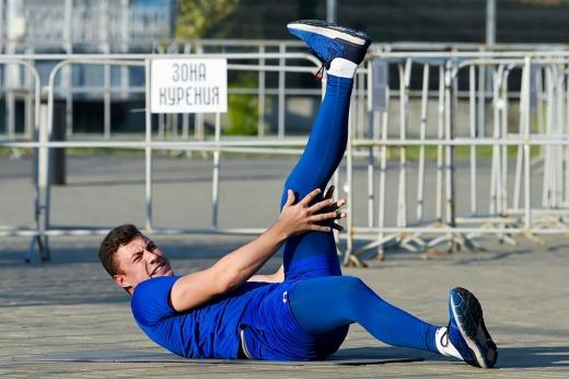 «Будущая звезда КХЛ» сидит на лавке. Кузьменко нет места в СКА?