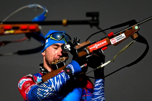Логинов полностью провалил чемпионат России. Что происходит с лучшим биатлонистом страны?