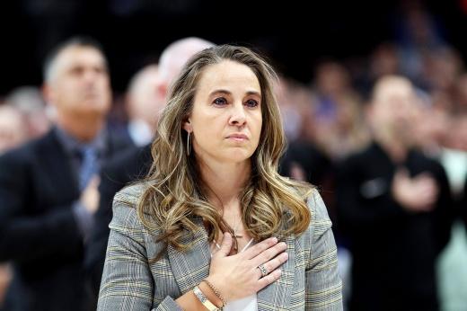 Экс-игроку сборной России не дают возглавить клуб НБА. Потому что Бекки – женщина?
