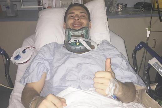 Болельщики уронили… калитка открылась… Случайные, но жуткие травмы в КХЛ
