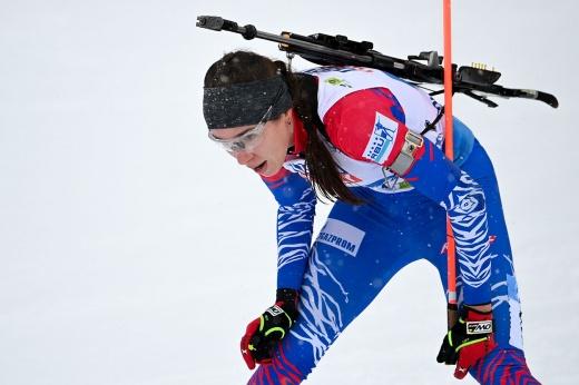 Пробили дно. Женская сборная России по биатлону провела худшую гонку в истории