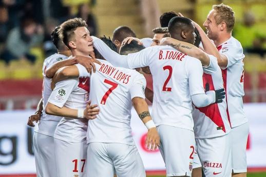 «Монако» выдал лучший матч сезона. Головина проводили аплодисментами