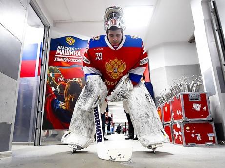 «Рабы лампы». Зачем сборной России держать в Кёльне семь запасных?