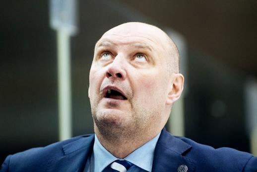 «Гоните в шею белорусских дилетантов»! Бывший тренер «наехал» на «Сибирь»
