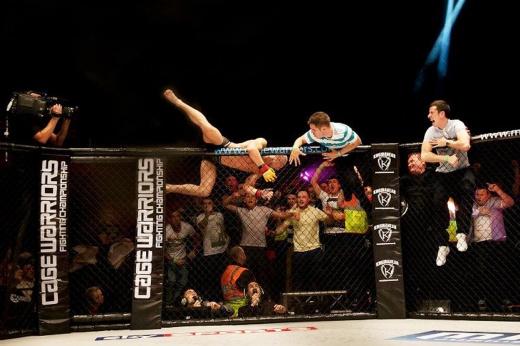 Конор Макгрегор проиграл Джозефу Даффи в Cage Warriors, 27 ноября 2010 года