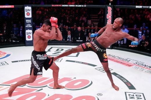 Bellator 100: Дуглас Лима нокаутировал Бена Сондерса во втором раунде, видео