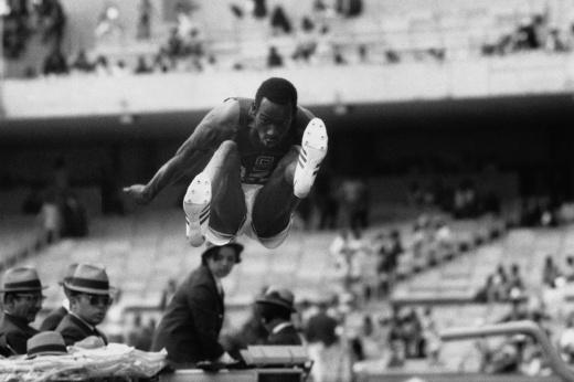 «Я совершил главный грех в спорте». История легендарного прыжка в XXI век