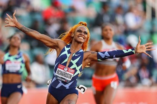«Не осуждайте меня». Лучшую спринтершу США дисквалифицировали прямо перед Олимпиадой-2020