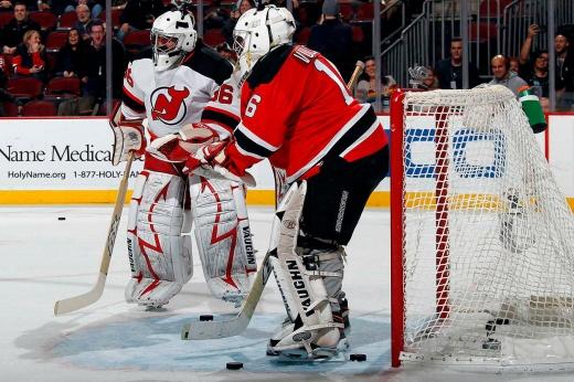 Почему сезон НХЛ висит на волоске и как его можно спасти