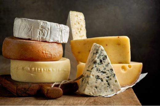 Сырная тарелка: как англичанину удаётся есть сыр каждый день и не толстеть?