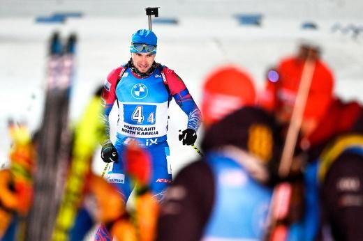Логинов больше не самый быстрый биатлонист сборной России. У Саши серьёзные проблемы?