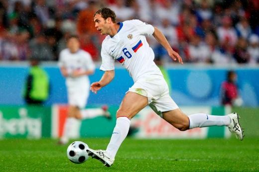 Был в бронзовой сборной России на Евро, а потом играл за птицефабрику. Куда пропал Адамов