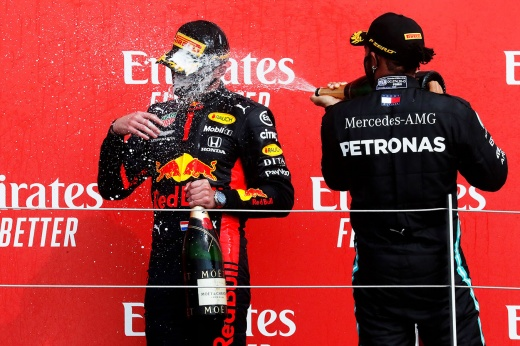 СМИ — о Гран-при 70-летия Формулы-1: спор Феттеля с «Феррари», победа Ферстаппена