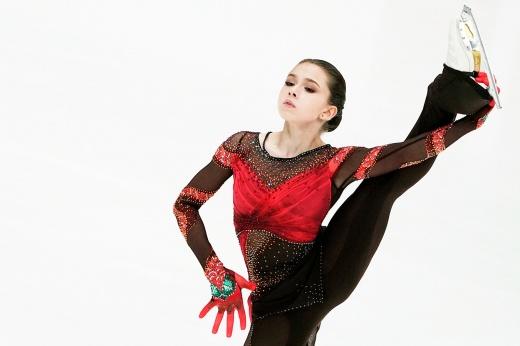 Чемпионат мира по фигурному катанию — 2021: победа Щербаковой в короткой программе дала ей преимущество